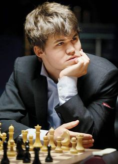 Magnus Carlsen must raise his game today! History Of Chess, Chess Quotes, Magnus Carlsen, Art Through The Ages, Chess Players, Kings Game, Games Today, Chess Pieces, The Grandmaster
