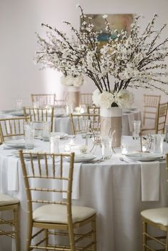 Registry Bistro Reception Setup with White Linens and White Floral Centerpieces | Chiavari Chair Toldeo | Hafner Florist | Dee Dee Anderson Photography