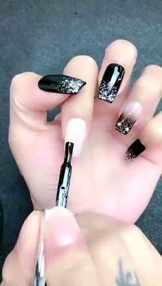 nail art videos / nail art & nail art designs & nail art videos & nail art designs for winter & nail art designs easy & nail art winter & nail art designs for spring & nail art summer Nail Art Designs Videos, Nail Art Videos, Simple Nail Art Designs, Easy Nail Art, Nail Art Hacks, Nail Art Diy, Diy Nails, How To Nail Art, Ombre Nail Art