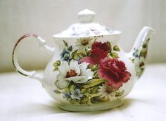 Vintage ENGLISH SADLER TEAPOT - PINK ROSES - MINT!!