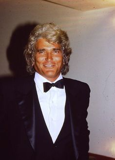 Michael Landon...I seriously forgot that he played Pa. I thought this was Richard Dean Anderson for a minute.