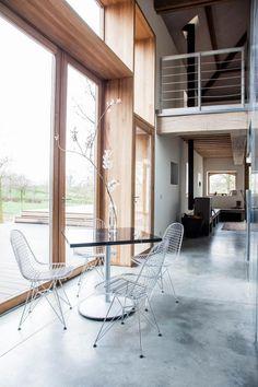 authentic-modern-farmhouse-hilly-countryside-limburg-07