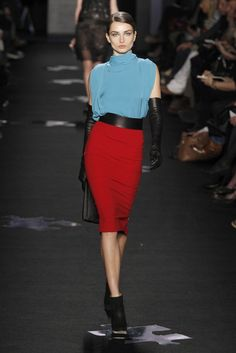 Amazing color blocking ... everything about this is purrfect.