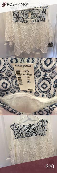 BNWT Aeropostale white boho top lg BNWT white w blue embroidery tshirt boho top aero Aeropostale Tops