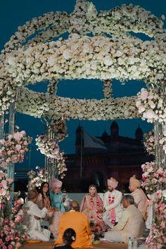 An Elegant Mumbai Wedding With The Most Offbeat Bridal Outfits! Couple Wedding Dress, Wedding Couples, Wedding Photos, Wedding Ideas, Daisy Wedding Flowers, Wedding Hall Decorations, Indian Wedding Planning, Wedding Mandap, Bridal Outfits