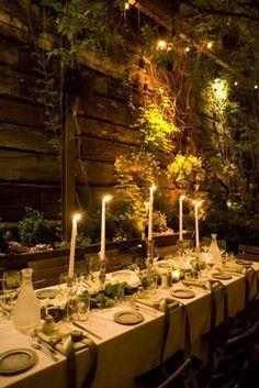 Ryan notes: Love the plants haning down the walls - Bristol Wedding News: Wedding Theme Inspiration: Enchanted Forest Enchanted Forest Wedding, Woodland Wedding, Enchanted Garden, Enchanted Forest Decorations, Woodland Fairy, Dream Wedding, Wedding Day, Trendy Wedding, Wedding Reception