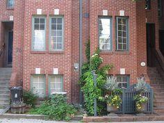 Best Exterior Paint Colors With Orange Brick Exterior Color Schemes, Exterior Trim, Exterior Paint Colors, Exterior House Colors, Red Brick Paint, Brick Paint Colors, Paint Colours, Orange Brick Houses, Red Bricks