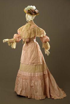 Day dress ca. 1904-05From the Galleria del Costume di Palazzo...