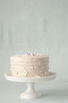 Matcha-Azuki Cake w Azuki Meringue Icing