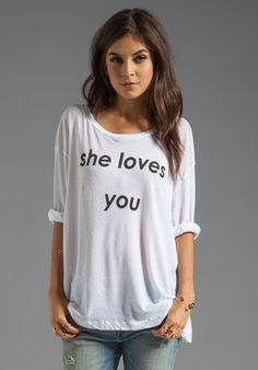 WILDFOX COUTURE She Loves You Rainy Beach House Tee in Clean White