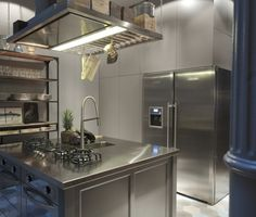 Krudy Luxury Apartment Budapest - two ovens (one is steam), 4 burners (2 for woks), huge fridge all there in the kitchen