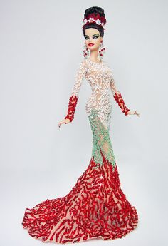Miss Lebanon 2015/16  - Inspiración del diseñador de moda libanés Charbel Karam Primavera Verano 2016