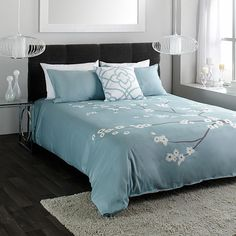 Wholehome md 39 tina 39 6 piece bedding set 180 thread count for Housse de couette sears