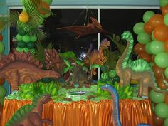 Decoración de fiesta infantil de dinosaurio - Imagui