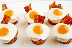 Fried egg and bacon cupcake