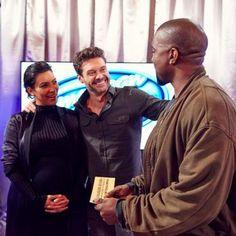 Pin for Later: Überraschung: Kanye West singt bei der Casting-Show American Idol vor