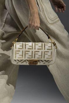 Stylish Handbags, Handbags On Sale, Purses And Handbags, Small Handbags, Karl Lagerfeld, Ysl, Harper's Bazaar, Fendi Bags, Fashion Bags