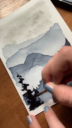 I love painting these layered mountain scenes in watercolor 😍 I go over all of my favorite wilderness watercolor techniques, including layered mountains like this, in my new ebook! Check it out in my shop 👍🏻 painting Moody watercolor mountain forest ✨ Watercolor Techniques, Art Techniques, Watercolor Tips, Watercolor Painting Tutorials, Abstract Watercolor Tutorial, Watercolor Beginner, Watercolor Clouds, Watercolor Paintings For Beginners, Watercolor Art Lessons