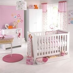 Izziwotnot Cherry Blossom Bedding Bale Product details: To fit cot and cot bed the bedding bale is suitable from birth. 1x Bumper: 35 x 75cm Cover: Cream 48% cotton 52% polyester Linen mix 50% cotton 50% linen Velour http://www.comparestoreprices.co.uk//izziwotnot-cherry-blossom-bedding-bale.asp