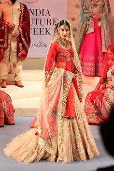 Anju Modi. AICW 15'. Indian Couture.