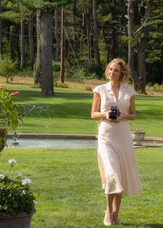 Blake Lively as Veronica in the new 'Cafe Society' stills Blake Lively Family, Blake Lively Style, Fashion Tv, 1940s Fashion, Vintage Fashion, Gossip Girl, Skirt Outfits, Costume Design, Celebrity Style