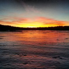 Who said you can't enjoy nature during the winter months? Warner College says go ice fishing in Colorado and soak in the colorful sunrise!