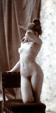Circa 1900 - Vintage erotica