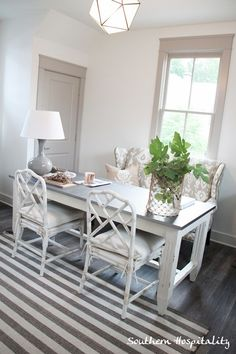 Southern Living Idea House - Gorgeous gray dining room with gray doors and window moldings. Guest Room Office, Office Nook, Office Chairs, Home Office Design, House Design, Cottage Dining Rooms, Decor Pad, Interior Decorating, Interior Design