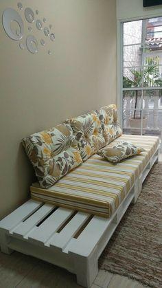 Pallet Furniture Designs, Wood Pallet Furniture, Diy Furniture Couch, Diy Furniture Plans, Home Decor Furniture, Home Room Design, Home Interior Design, Diy Home Decor Bedroom, Living Room Decor
