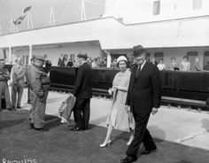 Queen Elizabeth II and President Dwight Eisenhower at the opening of the St. Lawrence Seaway