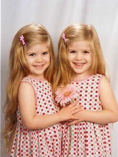 Image detail for -posted jul 15 2009 topic views 8843 post subject cutest twins ever Twin Baby Girls, Twin Mom, Twin Sisters, Baby Kids, Cute Twins, Cute Babies, Beautiful Children, Beautiful Babies, Beautiful Smile