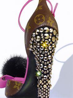 Sandale en cuir Monogram, talon en cuir et strass Swarovski, Louis Vuitton