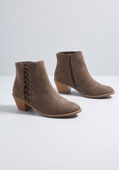 9b024199dc5c Fate Changer Heeled Bootie in 7 by Rocket Dog from ModCloth Rocket Dogs