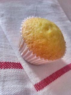 Magdalenas al toque de limón para #Mycook http://www.mycook.es/receta/magdalenas-al-toque-de-limon/