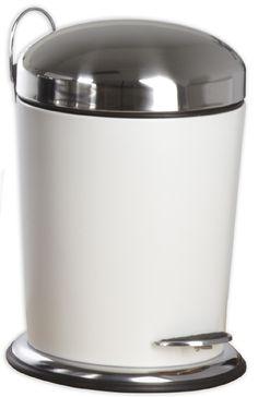 Edler konischer Treteimer aus pulverbeschichteten Edelstahl in weiß mit einem Fassungsvermögen von 5 Litern. Der Deckel ist aus polierten Edelstahl mit Antifleckbeschichtung. Gesehen für € 49,95 bei kloundco.de.
