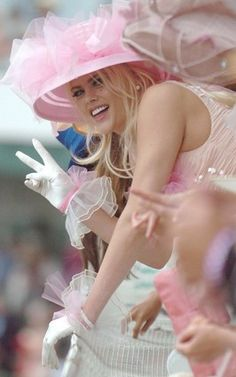 Five years ago, the late Anna Nicole Smith made a pink impression at the Kentucky Derby.