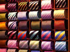 A melhor forma de guardar gravatas...