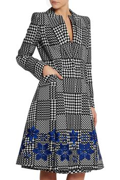 Shop on-sale Alexander McQueen Prince of Wales check jacquard coat. Browse other discount designer Coats & more on The Most Fashionable Fashion Outlet, THE OUTNET.COM