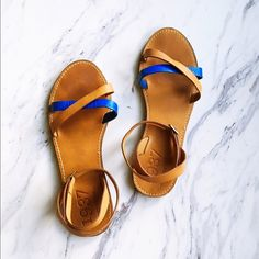 Madewell 1937 Brown and Blue Strappy Sandals Fantastic condition! Gently worn only a few times. Ankle strap and comfortable footbed. Cross cross straps across top of foot with a pop of blue! Beautiful spring/summer sandal! Madewell Shoes Sandals