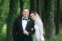 St. Louis spring wedding inspiration : L Photographie || Ceremony: Cathedral Basilica || Reception: Hilton Frontenac || On location photos: Forest Park