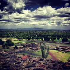 Places to visit.  Teotihuacan, Mexican history.