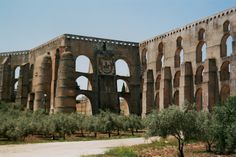 Elvas_aqueduct.jpg (2409×1606)