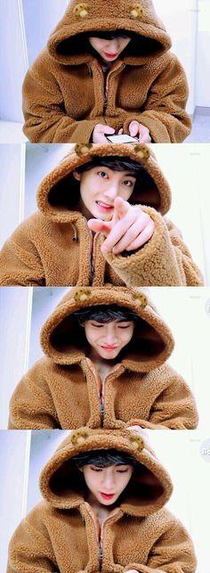 """Mhm, Kim Taehyung right, you seem cool"" He smirked leaving me in a … Taehyung Selca, Namjoon, Taehyung Smile, Hoseok Bts, Foto Bts, Bts Boys, Bts Bangtan Boy, Bts Jimin, Jung So Min"