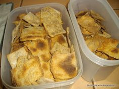 Eight Acres: Soaked grain wholemeal crackers