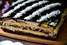 z cukrem pudrem: ciasto łaciate z masą sernikową Cooking Cake, Something Sweet, Holidays And Events, Yummy Cakes, Tiramisu, Recipies, Cheesecake, Food And Drink, Sweets