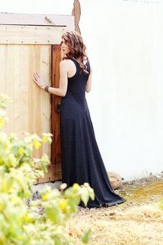 Mission Maxi sewing pattern | I love the lines along the back. Add sleeves.