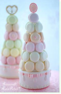 Desafío: Macarrones Laduré. Macarons, Macaron Cake, Macaron Cookies, Bolo Paris, Macaroon Tower, Macaron Filling, Candy Buffet Tables, Dessert Tables, French Macaroons