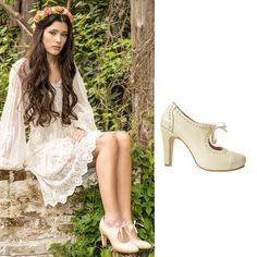 A pedido de muchas. Ahora conseguís el modelo CALA en versión Suela! Lo más glam y cómodo para ir a trabajar, para el finde, para todo momento!  ▶ http://www.valentinacolugnatti.com.ar/search/?q=cala  ❤ Zapatos de mujer Zapatos de novia #shoes #platforms #sandalias #plataformas #zapatos #summer #shoes #zapatos #ZapatoDelDía #ShoeOfTheDay #shoelovers #shoephoto #moda #fashion #style #estilo #trendy #trends #tendencias
