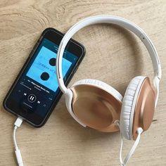 Back to work geen beter moment om setje nieuwe headphones van @philipssound te testen.  via Audiophiles on Instagram - Best Sound Quality Audiophile Headphones and High-Fidelity Premium Earbuds for Hi-Fi Music Lovers by AudiophileCans