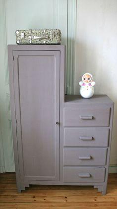 meubles vintage on pinterest armoires commode vintage and cottage furniture. Black Bedroom Furniture Sets. Home Design Ideas
